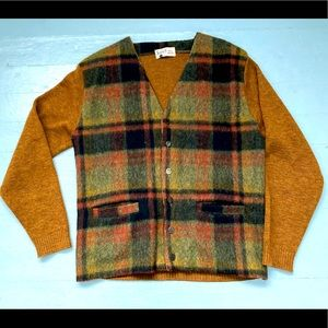 Vintage 100% wool knit plaid cardigan with pockets